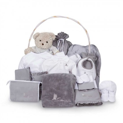 Classic Deluxe Baby Gift Basket Gris