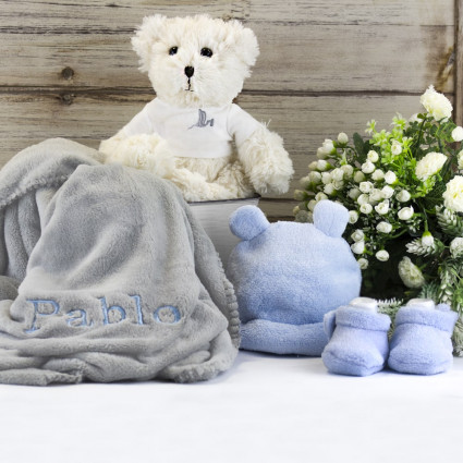 Embroidered blanket teddy bear hamper with hat and socks set blue