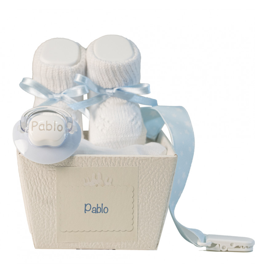 Pack of bootees, personalised dummy with name and dummy clip blue